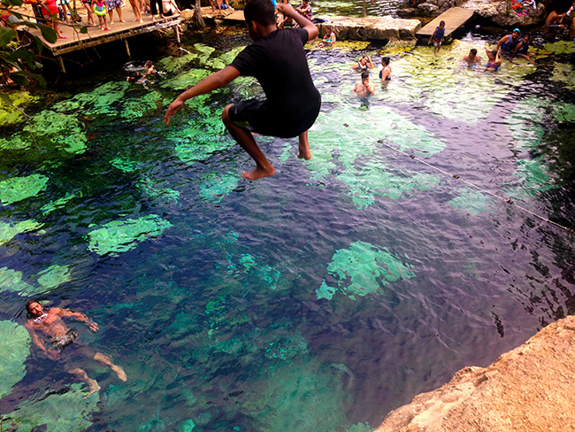 cenote azul cancun