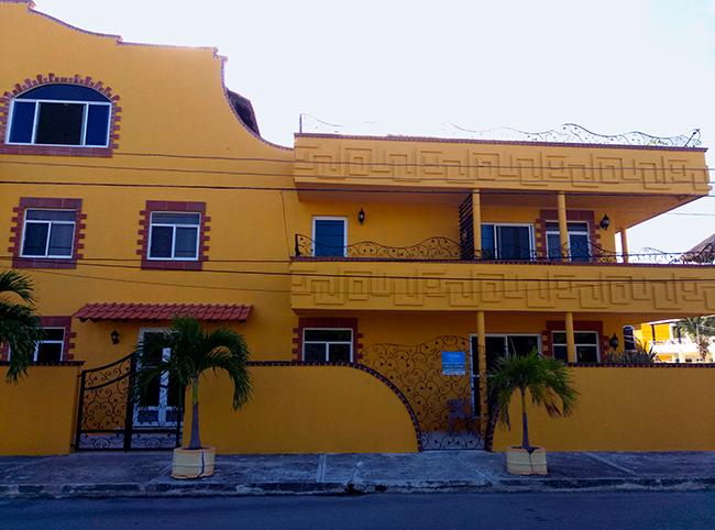 oteli guesthouse puerto morelos