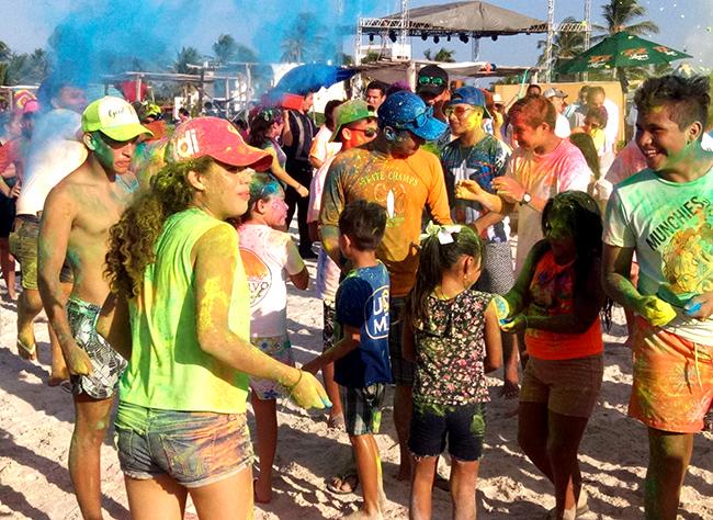 Пляжи Эль Куйо встречают фестиваль.