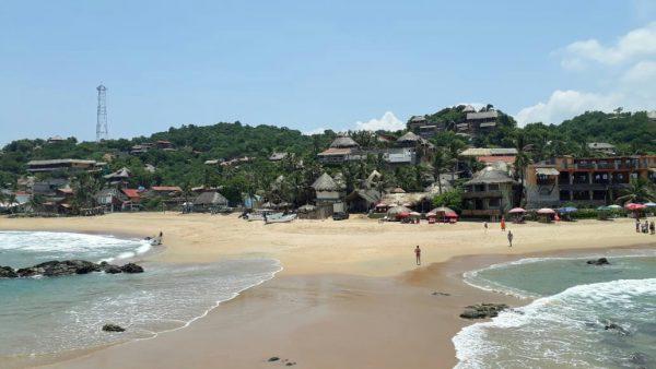 Волны на пляже Agustinillo