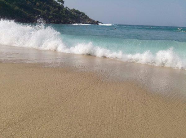 Пляжи Пуэрто Эскондидо в Мексике.