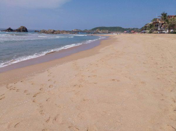 Песок пляжа Agustinillo