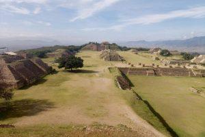 Сапотеки Оахаки в Мексике. Пирамиды древних индейцев.