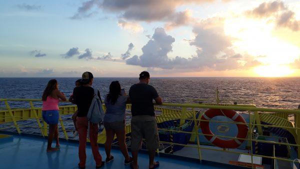 Закаты с острова Косумель на пароме.