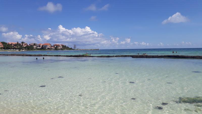 Райские пляжи в Пуэрто Авентурас.