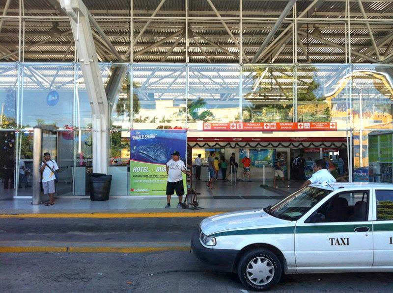Такси в Канкуне до автостанции ADO.