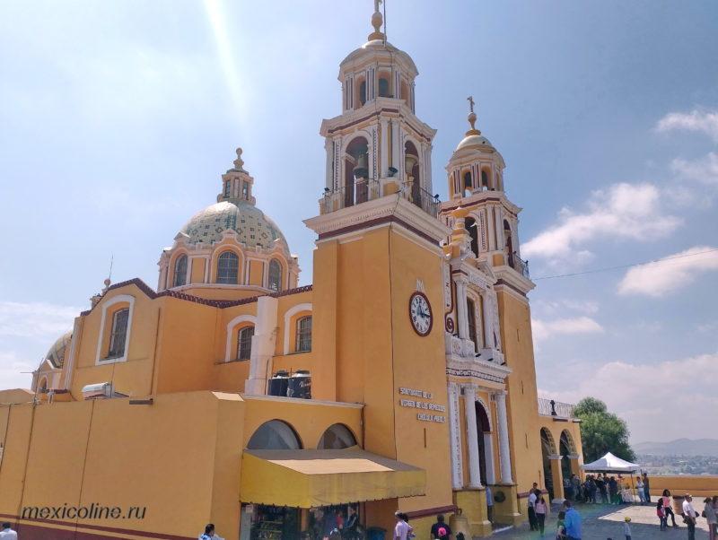 Пирамида Чолула, Пуэбла. Собор Santuario