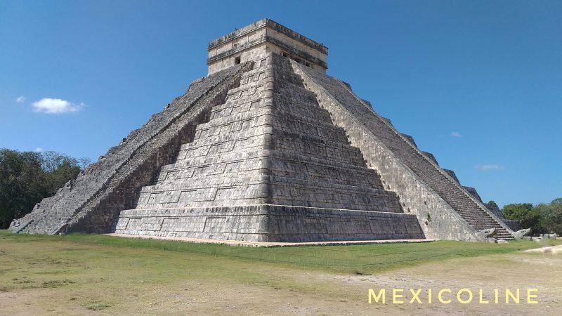 Пирамида Чичен Ица в Мексике